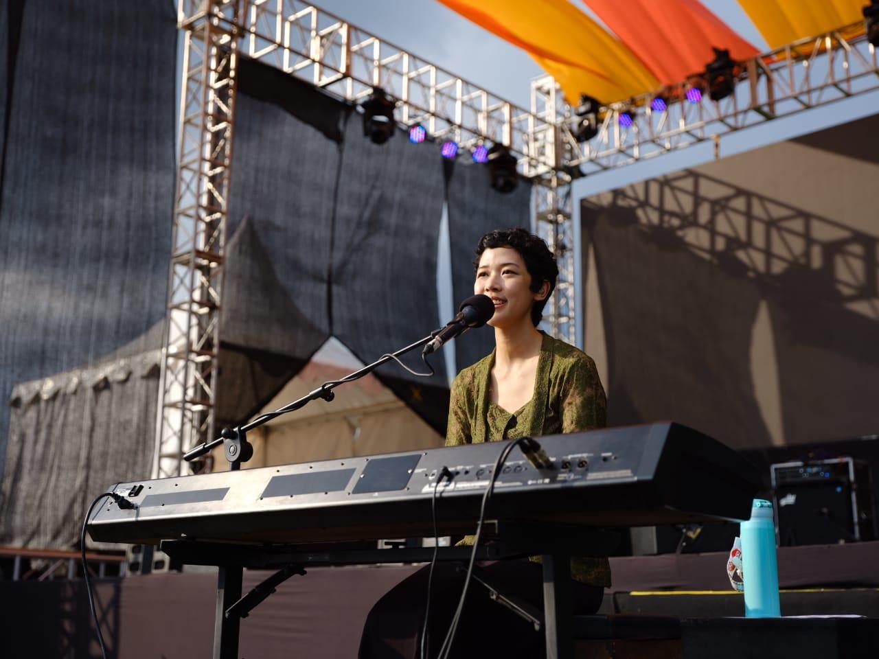 Frau Tampil Perdana di Balkonjazz Festival 2019